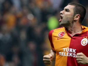 Burak Yılmaz'ın Fenerbahçe'ye Penaltı'dan Attığı Gol - İzle