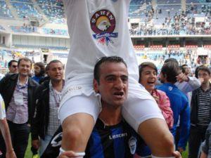 Erciyesspor'un şampiyonluk kutlaması 5 dakika sürdü