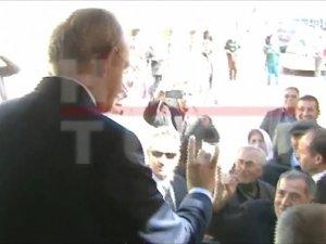 Kemal Kılıçdaroğlu Kayseri'de bozkurt işareti yaptı
