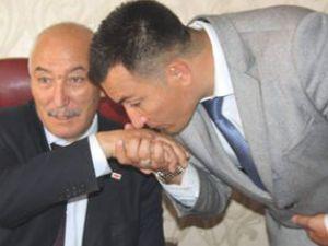 Kayseri'de Baba Oğul Tartışması Tatlı Bitti