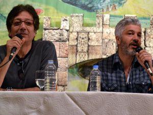 Ünlü Tiyatrocular Süheyl ve Behzat Uygur kardeşler Kayseri'de