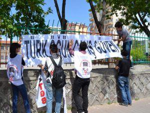 TGB ÜYELERİ KAYSERİ'DE PROTESTODA