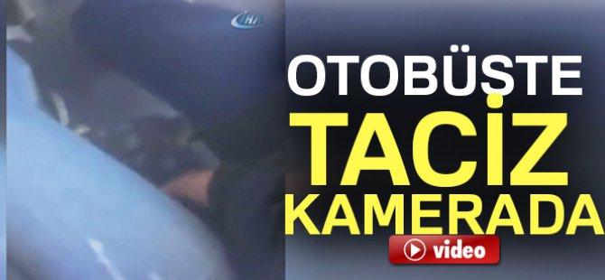 Genç kızı otobüste taciz eden yaşlı adam-video