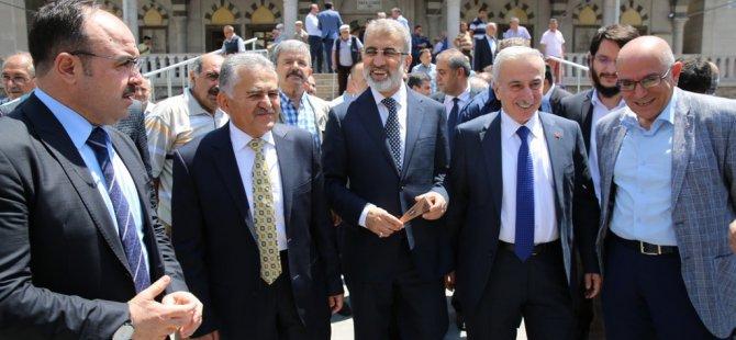 Melikgazi'de Safa Camii yeniden ibadete açıldı