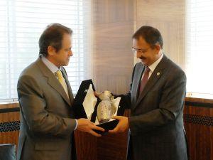 Yunan Büyükelçi Loukakis, Başkan Özhaseki'yi ziyaret etti