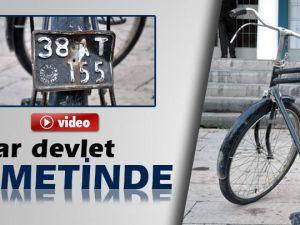 Kayseri'de Resmi' plakalı 40 yıllık bisiklet, devlet hizmetinde
