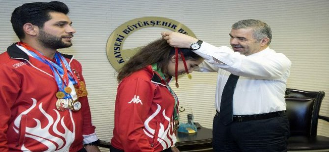 Şampiyonlar Kayseri Büyükşehir'de