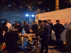 Kayseri İli Damızlık Sığır Yetiştiricileri Birliği Mevlid Kandili'nde süt dağıttı