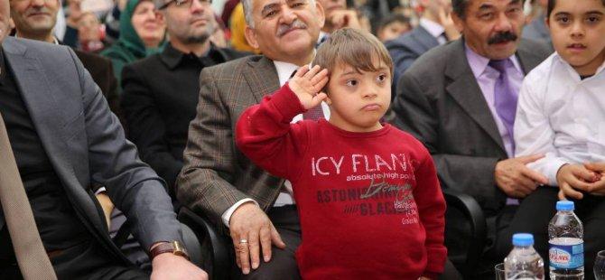 Başkan Büyükkılıç, Engelliler Günü etkinliğine katıldı