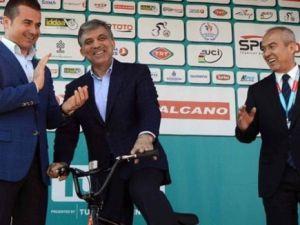 Cumhurbaşkanı Gül'e BMX bisiklet