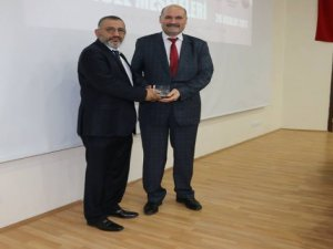 """Medeniyetin Burçları Derneği Başkanı Ali Dursun, """"Aktif siyaset, bu coğrafyada zorunludur"""""""