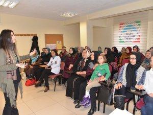 MEL-MEK kursiyerlerine 'Evlilik öncesi eğitim semineri' verildi