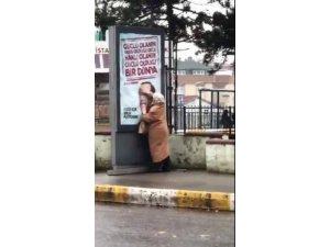 Yaşlı teyzenin Erdoğan sevgisi
