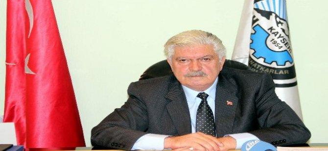 Övüç'ten BAĞ-KUR'lu esnaflara müjde sigortalılar için borç kredisi