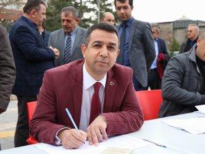 Minibüsçüler ve servisçilerden Mehmetçik için kan bağışı