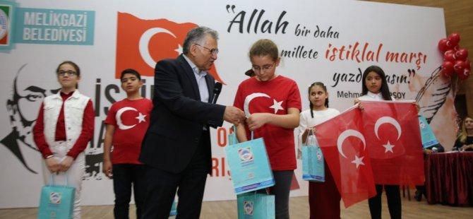 İstiklal Marşı'nı okuma yarışması düzenlendi