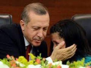 Küçük Başbakan gözyaşlarına boğuldu ! VİDEO
