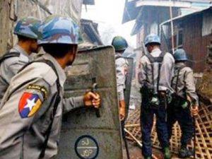 Myanmar'da Müslüman Kıyımı Sürüyor! 43 Ölü