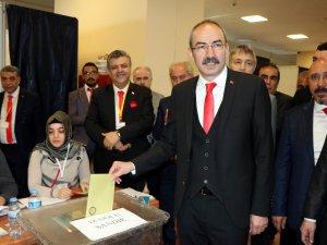 Kayseri Ticaret Odasının yeni başkanı Ömer Gülsoy