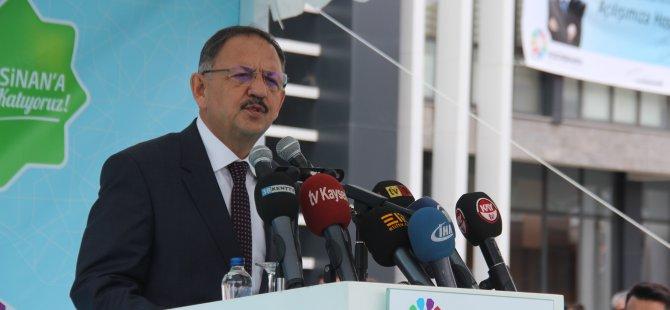 Özhaseki, Eskişehir'e DSP döneminde raylı sistem verdiler Kayseri'ye vermediler