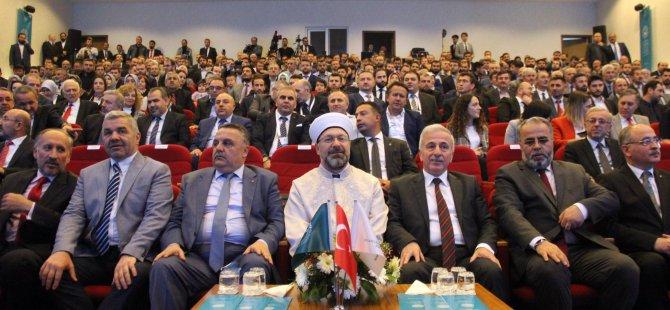 """""""Türkiye'de yapılan camilerden batı rahatsız"""""""