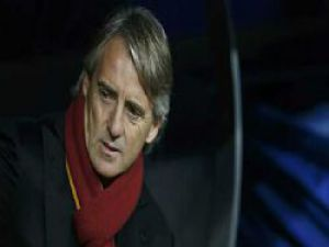 Mancini +6 oyuncu daha istedi!