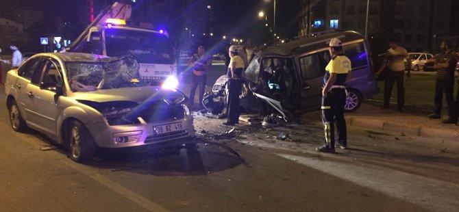 Kocasinan Barbaros Mahallesi'nde trafik kazası: 8 yaralı