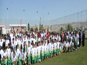 Kayseri Şeker Yaz Spor Okullarında 600 öğrenciye kurs imkanı
