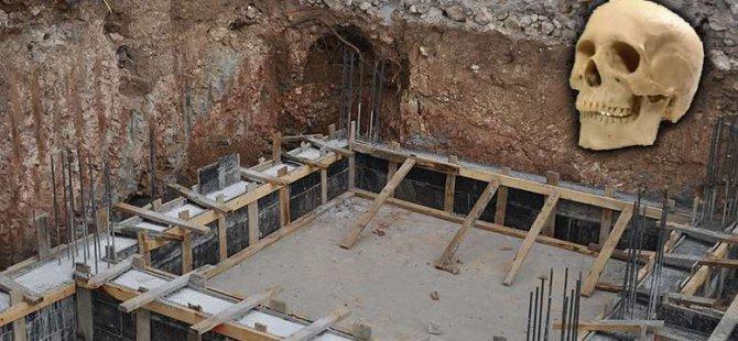 Ahi Evran'da insan kafatası, yakılmış kemik parçaları bulundu