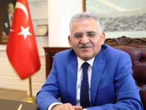 Melikgazi Belediye Başkanı Memduh Büyükkılıç'tan Prof. Dr. Emine Alp Meşe'ye Kutlama Mesajı