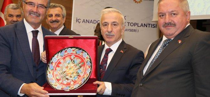 Bakan Yardımcısı Büyükdede, Kayseri mobilya sektörünün devidir