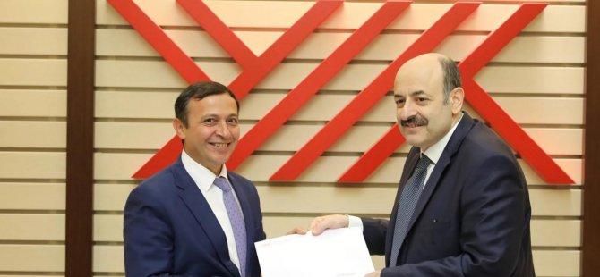 ERÜ Rektörü Çalış YÖK Başkanlığı ile Sağlık Bakanlığını Ziyaret etti