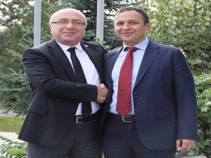 ERÜ Rektörü Çalış, Kayseri Üniversitesi Rektörü Karamustafa'yı Ziyaret Etti