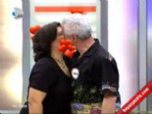 Ben Bilmem Eşim Bilir'de İzleyenleri Şok Eden Öpücük