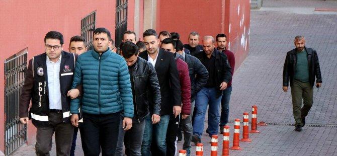 9 ilde yapılan eş zamanlı operasyonda 8 kişi adliyeye çıkarıldı