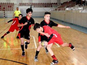 Kayseri Okullar arası Hentbol İl Birinciliği başladı