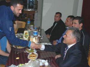 Başkan Büyükkılıç Erciyesspor'u ziyaret etti