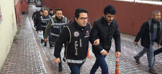 Kayseri'de FETÖ operasyonunda gözaltına alınan 8 kişi adliyeye sevk edildi