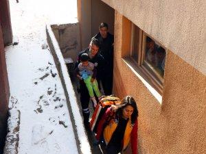 Eskişehir bağlarında ev yangını: 2 çocuk hastaneye kaldırıldı