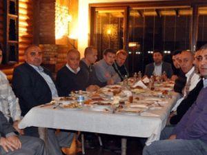 KAYSERİSPOR'A BAĞ EVİNDE MORAL YEMEĞİ