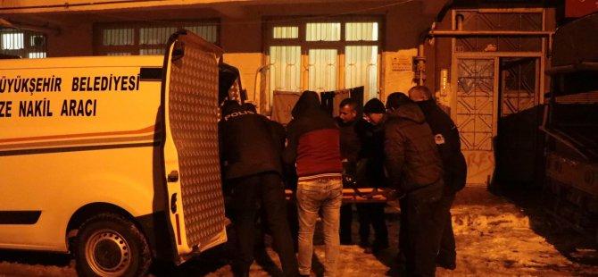 Küçük Mustafa Yalnız yaşayan adam evinde ölü bulundu