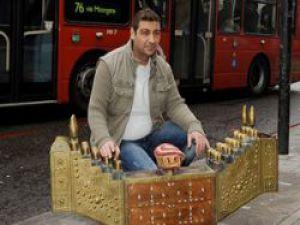 İngiltere'nin Vize İnadını Kıran Türk Boyacı!