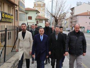Develi'de Başkan Cabbar esnafı ziyaret etti