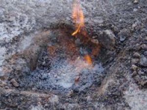 Betonla Kapatılan Kuyudan 30 Yıldır Petrol Sızıyor