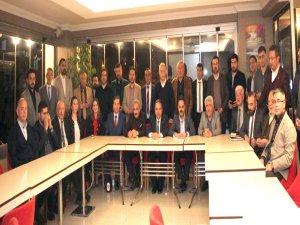 Yalçın, Belediye Meclis üyesi adayları ile değerlendirme toplantısı yaptı
