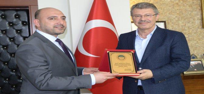 KAYSERİ ŞEKER'E BORSADAN İSTİHDAMA KATKISI İÇİN PLAKET