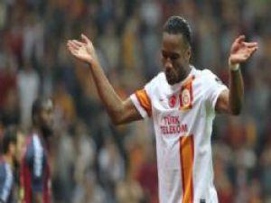 Dilmen: 'Drogba Messi gibiydi'