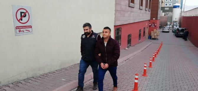 Kayseri'de FETÖ/PDY operasyonu: 5 gözaltı