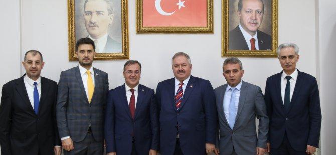 Nursaçan'dan Başkan Özdoğan'a hayırlı olsun ziyareti