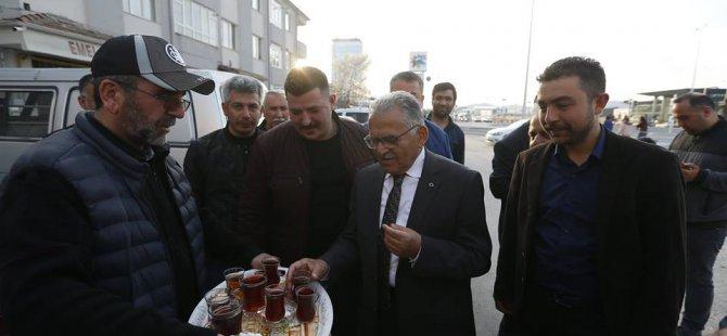 Başkan Büyükkılıç,Keykubat Mahallesi sakinleri ile çay içti